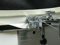 Обработка открытого среза сумки-скатерти