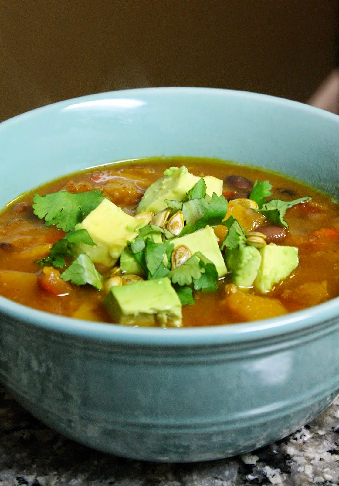 Eat.Pray.Juice.: butternut squash chipotle chili with avocado