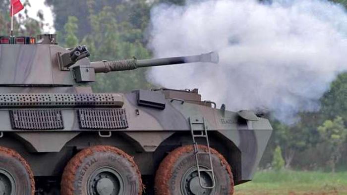 Panser Badak buatan PT Pindad Uji Tembak Cannon 90mm