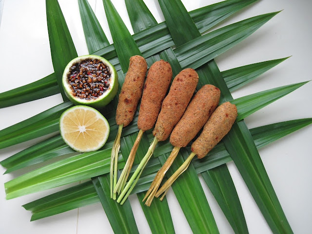 creative cooking crew - lemongrass chickpea tofu skewers with spicy soya pomelo dip