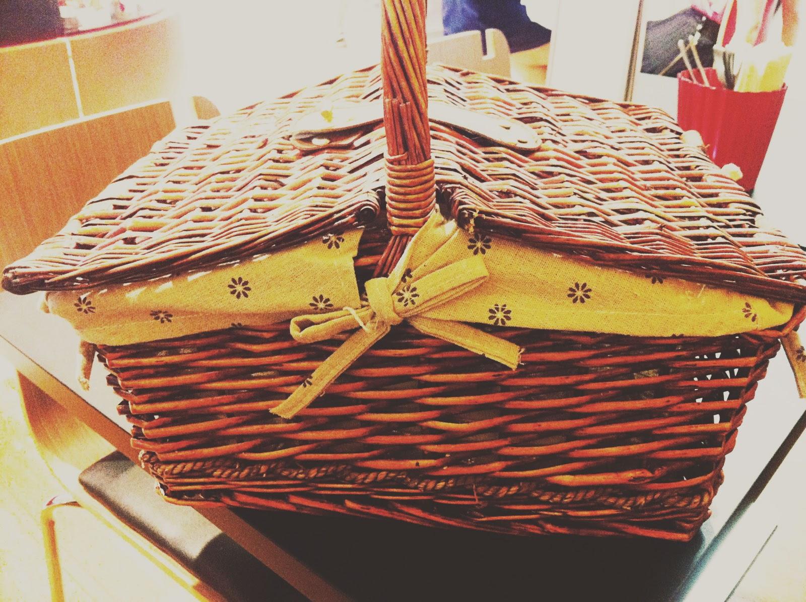 Picnic Basket Restaurant Happy Hollow : Shanice koh a singapore based on fashion lifestyle