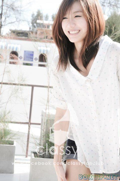 - Thailand Singer Asian Girl