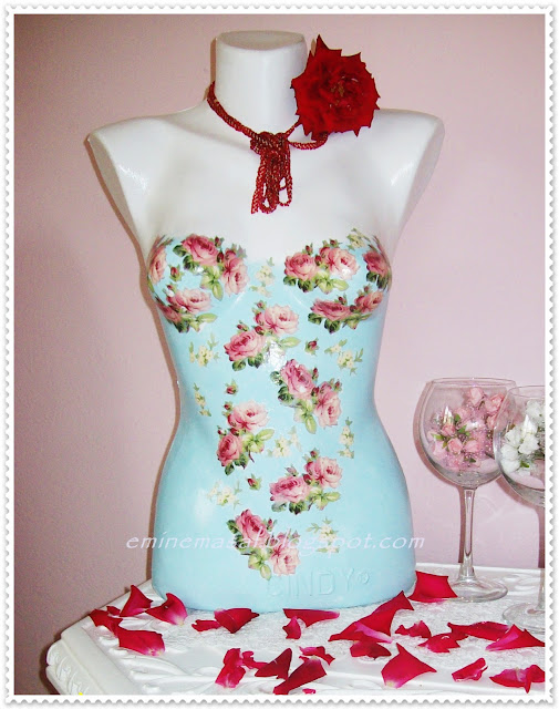 diy dress form,dress form decoupage