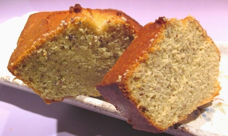Gâteau sans gluten et sans lactose à la farine de quinoa et au lait d'amande