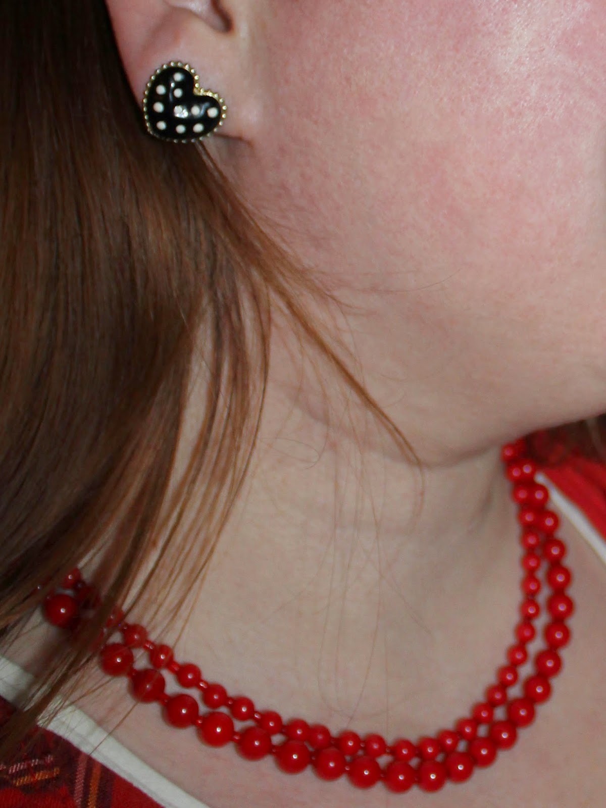 polka-dot heart earrings, red bead necklace