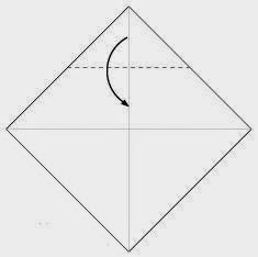 Bước 2: Gấp góc trên cùng tờ giấy xuống dưới.