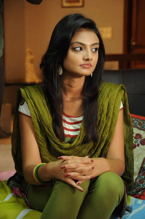 nikitha narayan from its my love story, nikitha narayan actress pics