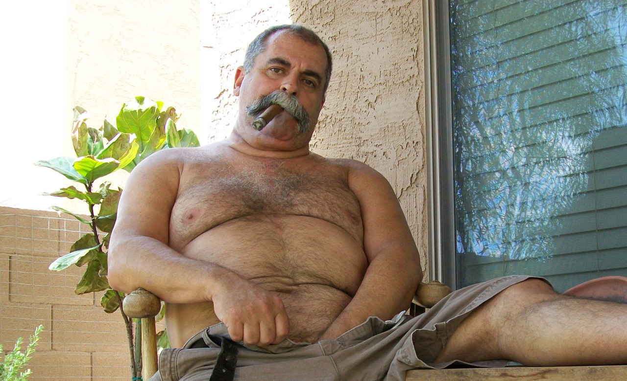 hot mature dad - big moustache gay dad - sexy gay dad -old gay men bears