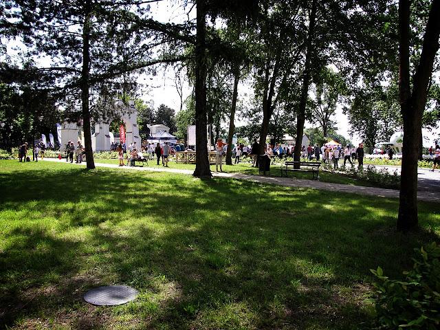 W parku przed biegiem