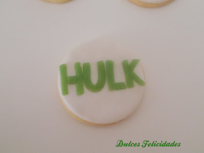 Galletas Hulk fondant