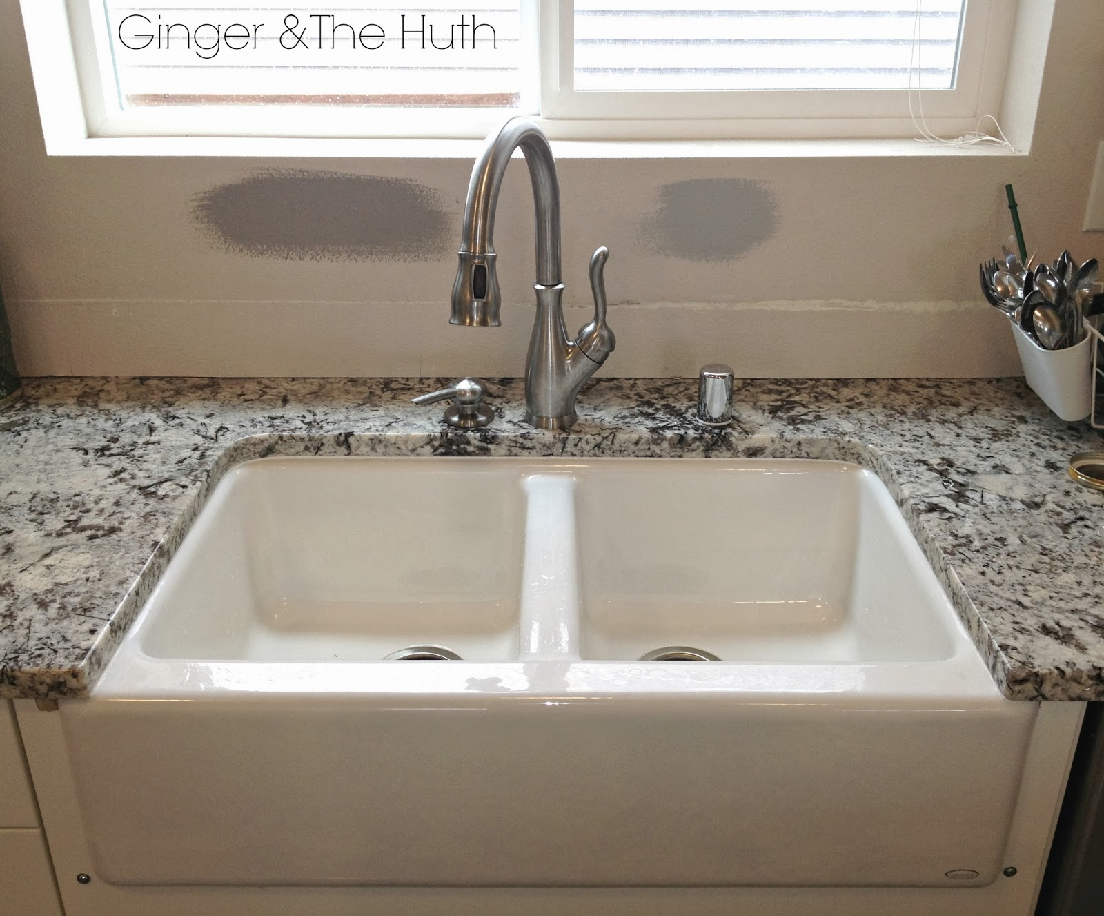Installing A Farmhouse Sink : ... .blogspot.com/2014/01/kitchen-remodel-update-farmhouse-sink.html