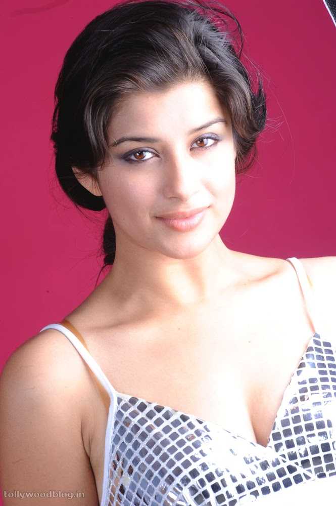 Madhurima Hot Photo Shoot Picture - 11