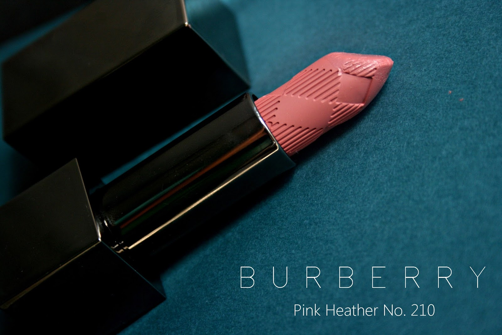 Burberry Pink Heather No.210 Lip Mist Review, Photos & Swatches