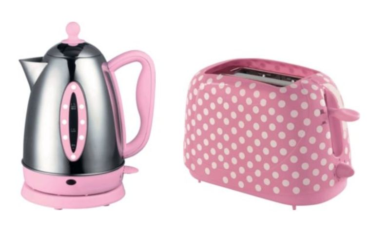 all about abbie polka dot toaster and kettle sets. Black Bedroom Furniture Sets. Home Design Ideas