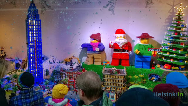 This year's additional Lego window