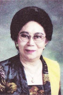 Biografi Ny. Mutiara Djokosoetono