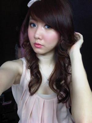 Gallery Foto Hot Ryn Terbaru (Personil Cherry Belle)