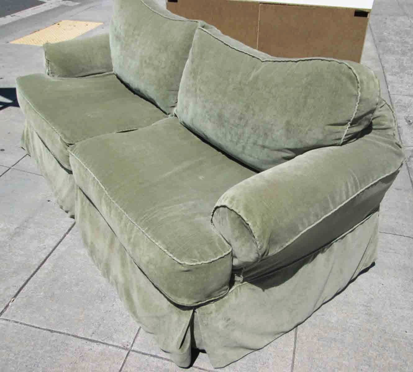 Uhuru Furniture Collectibles Sold Sage Sofa With Curved