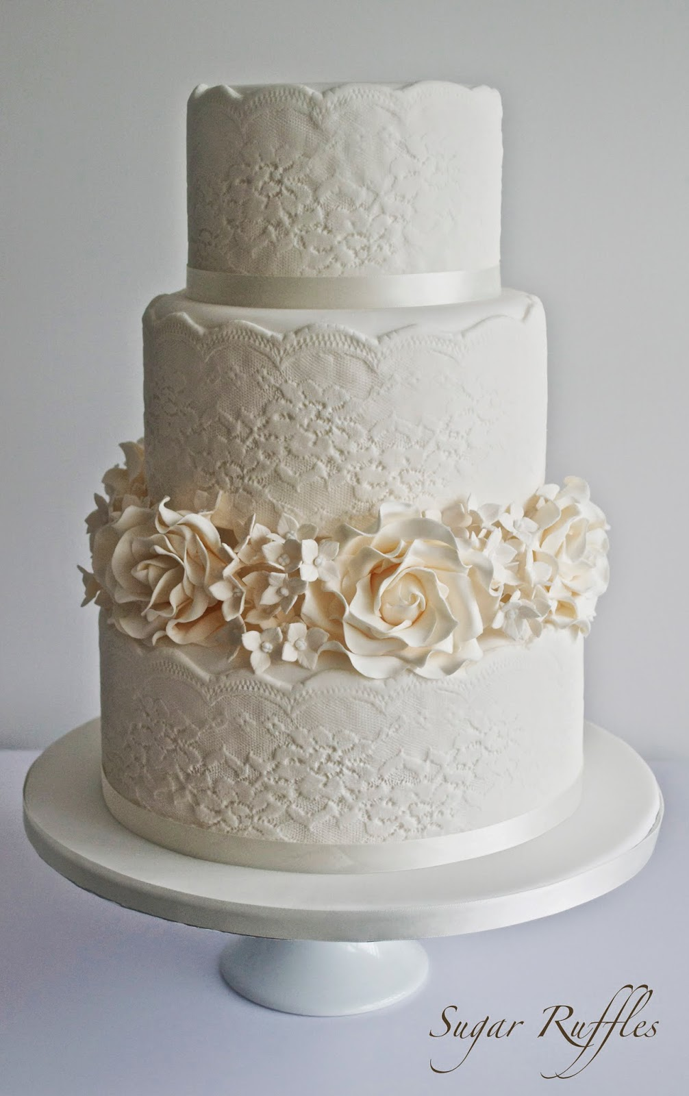 wedding cakes barrow in furness and the lake district cumbria lace