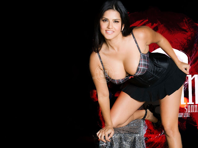 Sunny Leone's Hot Bedroom HD Wallpaper