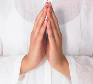http://www.iubiresilumina.com/2012/10/scurta-rugaciune-pentru-noi-insine-si.html