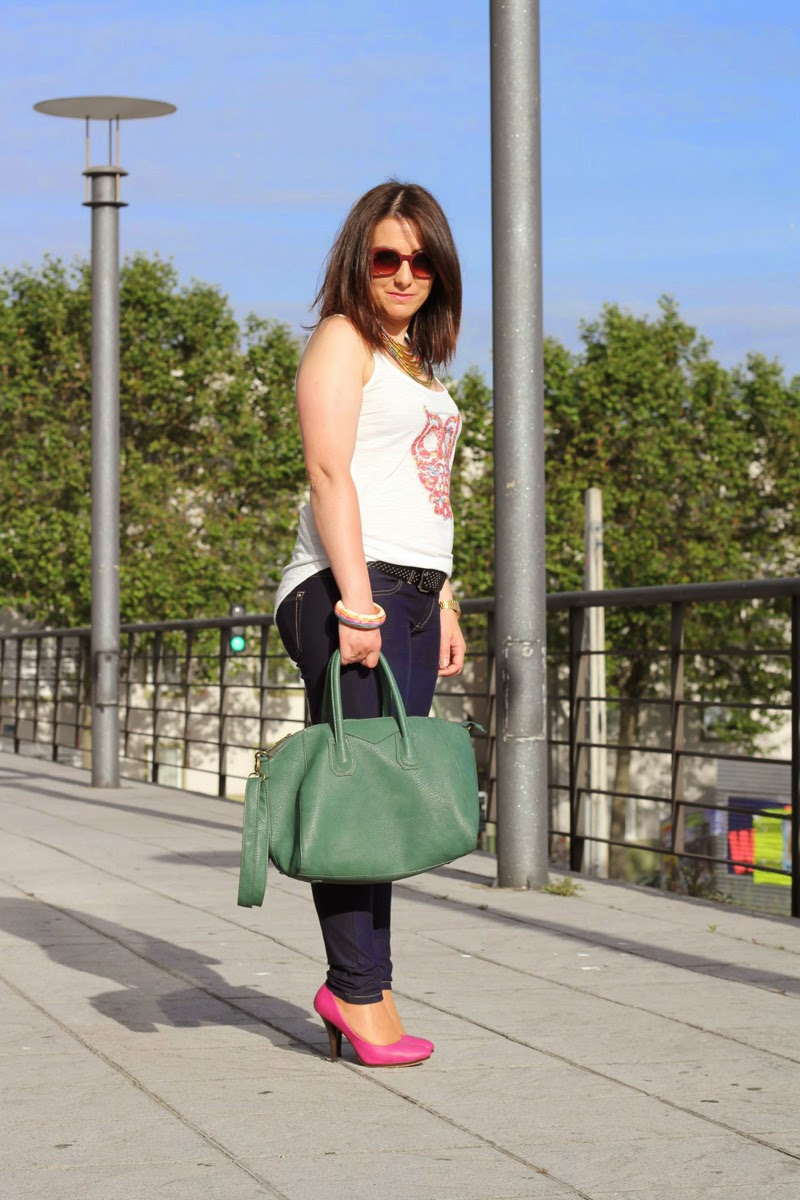 bolso amichi y colgante pull and bear