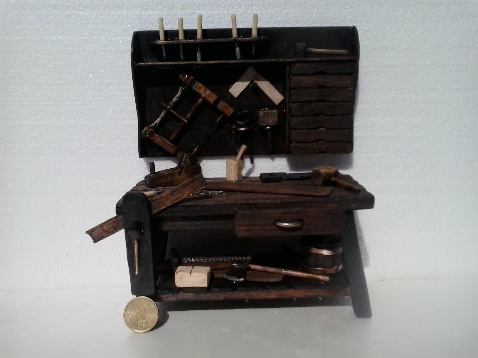 Bel n artesano mesa carpintero para figuras de 14 cm for Mesa de carpintero