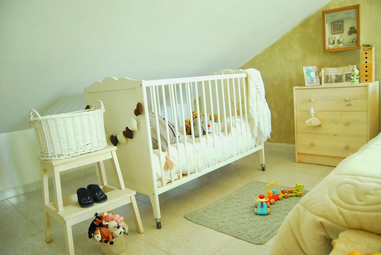 Io contemporanea retr la cameretta di samuel - Cameretta neonato ikea ...