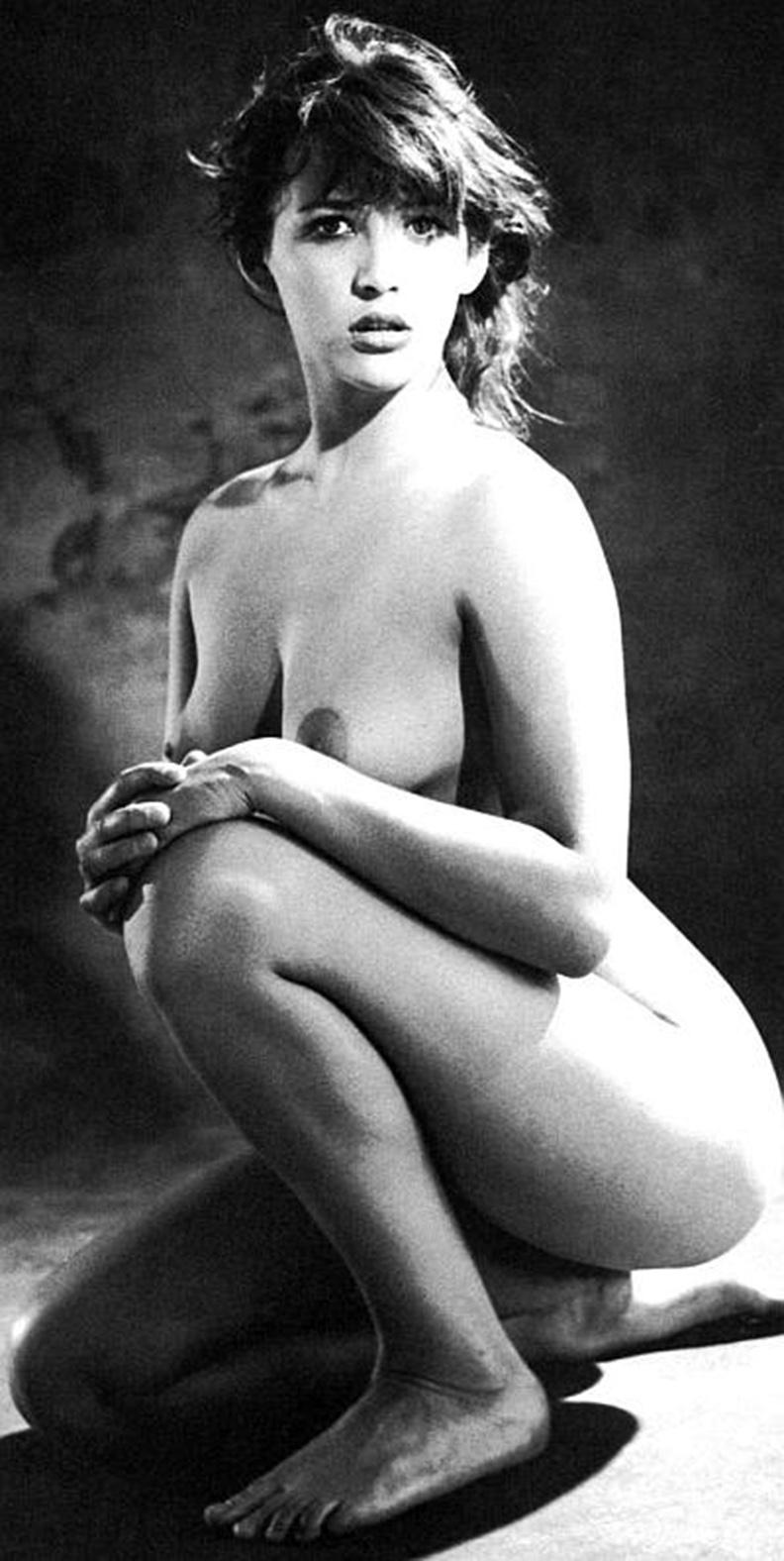 mia-farro-nude-kim-possible-femdom