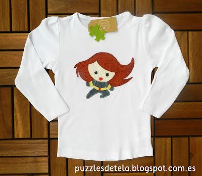 Camiseta de la Viuda Negra, Camisetas patchwork, camiseta infantil, camiseta superhéroes, camiseta superhéroes patchwork, la Viuda Negra, Los Vengadores, Avengers, patchwork,