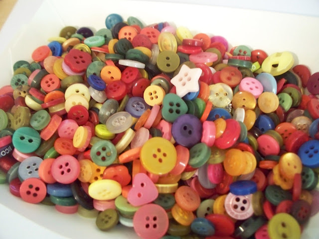 Bag Of Buttons3