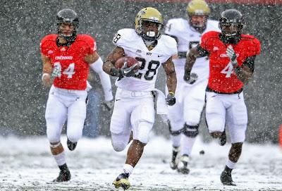 pitt football snow