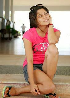 Oshadi Himasha pink legs