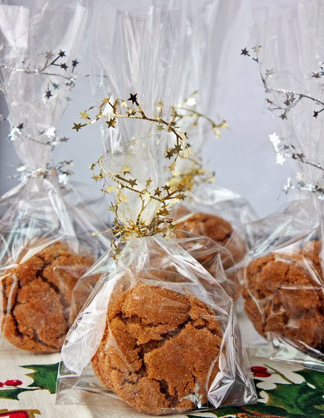 Holiday Baking | Molasses Cookie Recipe