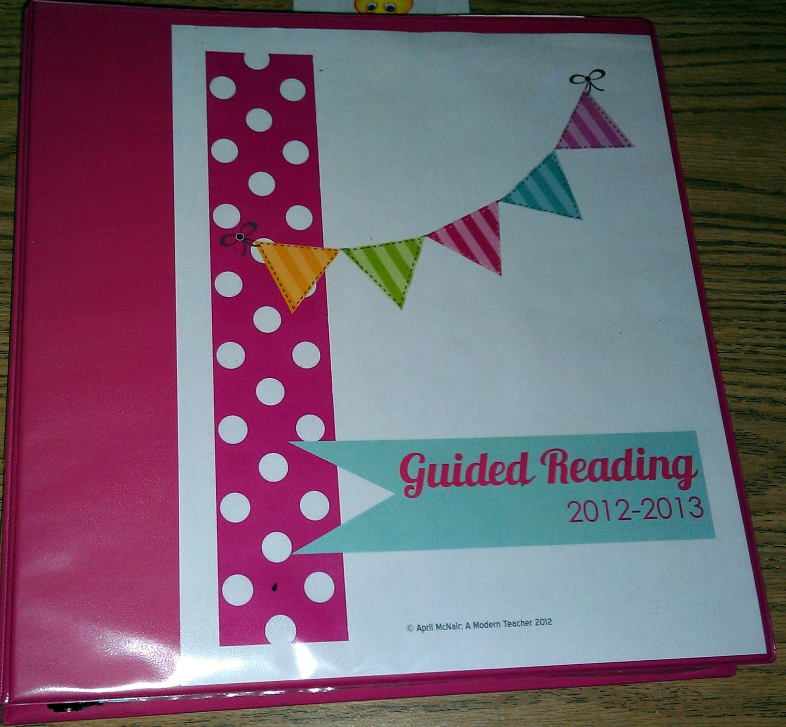 Juice boxes and crayolas guided reading groups 101 for Reading binder cover