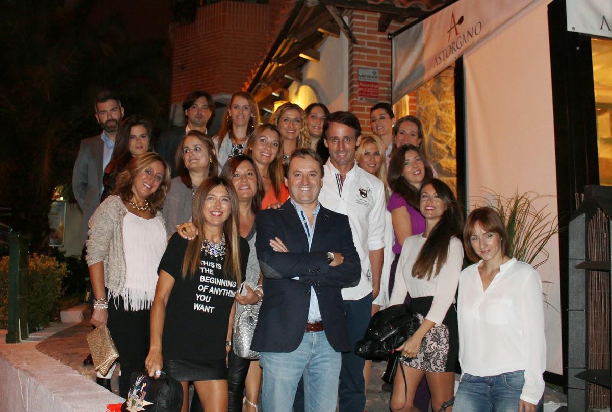 Encuentros Bazar, El Astorgano, Vale Cuatro, Evento Moda, Gastronomía,  Encuentro Blogger, Style, Firma de moda, Style, Blog de Moda, Looks, Fashion, Carmen Hummer