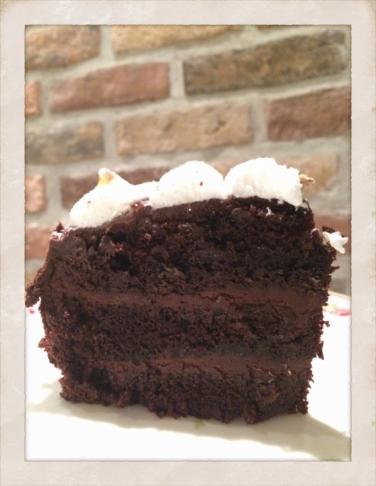 chokladtårta med chokladglasyr