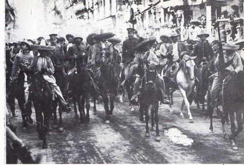 """""""...dales la justicia que les es debida"""" -El general Emiliano Zapata y José Doroteo Arango, """"Pancho Villa"""", entrando en la ciudad de Méjico"""