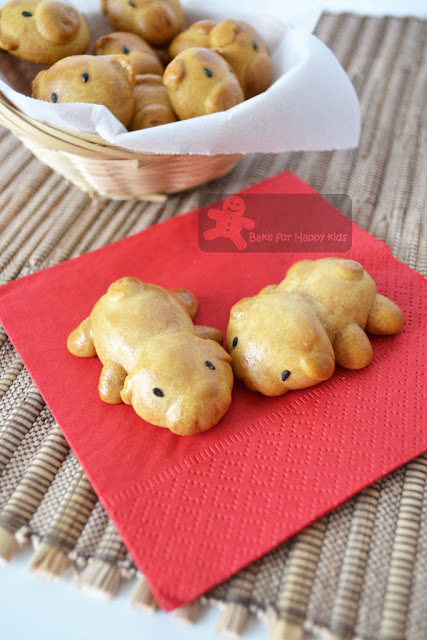 mooncake piggies
