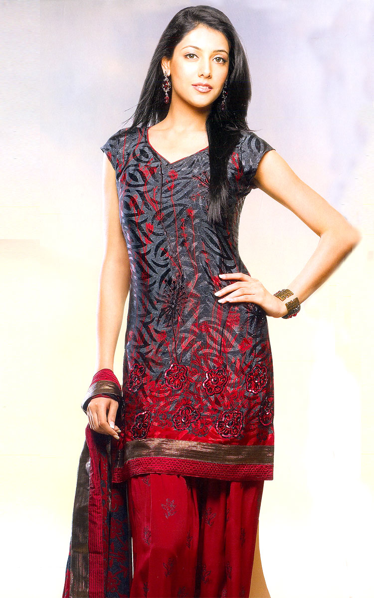 You can also opt for basic Designer Salwar Kameez outfits which may be