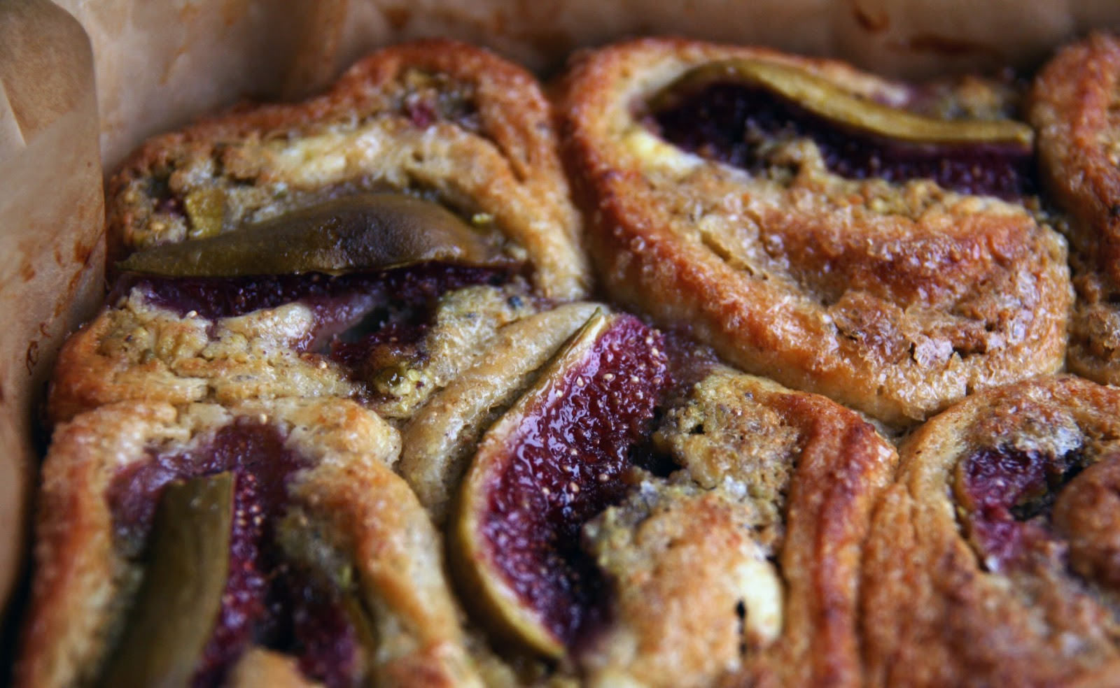 Fig, Pistachio and Goat Cheese Danish Recipe | mostly foodstuffs