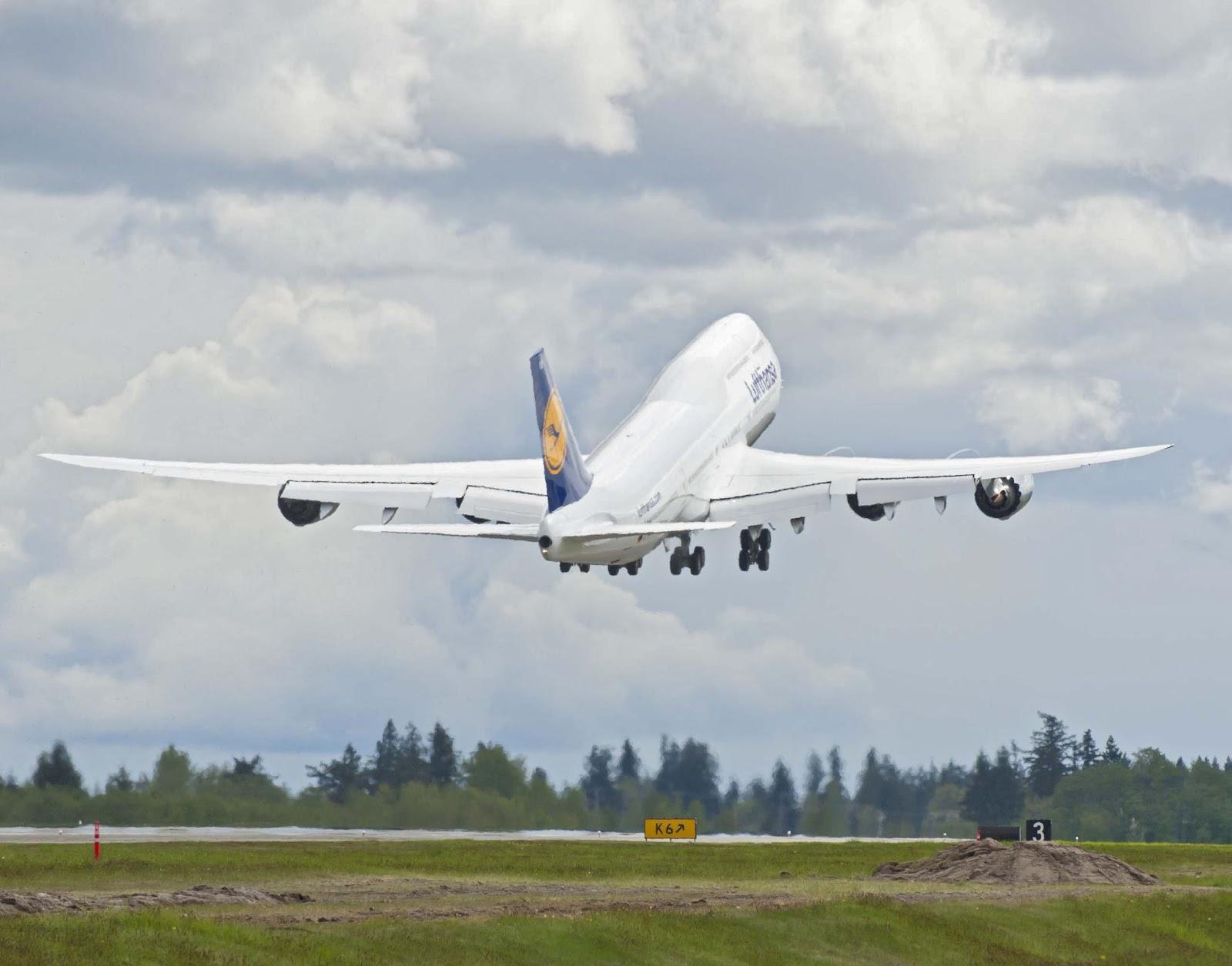 http://3.bp.blogspot.com/-7_tskdATVuQ/UFlB9z9HKhI/AAAAAAAALuc/9e-qYYqoiaI/s1600/lufthansa_boeing_747-8_takeoff.jpg