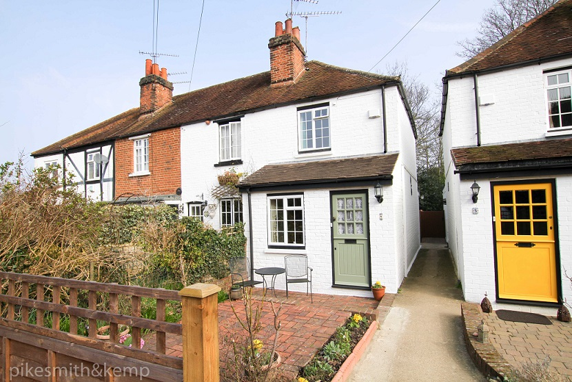 The maidenhead property blog church road cookham 1 bed for 4 church terrace docking