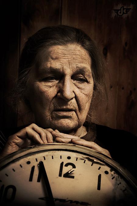 Mơ thấy bà nội chồng chết