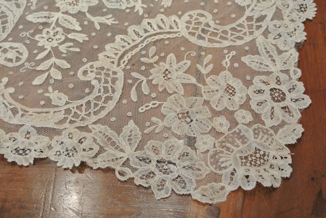 wonderful detailed hand-made vintage lace