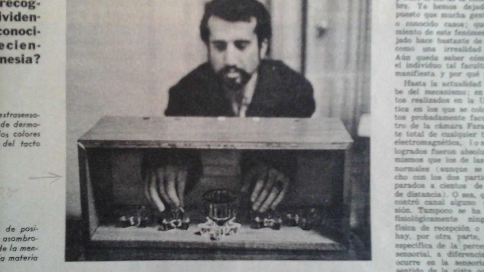 8 - REVISTA DEL DIARIO LA NACIÓN, ARGENTINA, 2/11/1969.ENTREVISTA A NAUM KLIKSBERG QUIEN APARECE