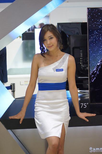 5 Kim Ha Yul - World IT Show 2012-very cute asian girl-girlcute4u.blogspot.com