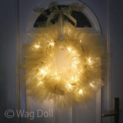 http://www.allfreesewing.com/No-Sew-Projects/Magical-Lights-Tulle-Wreath