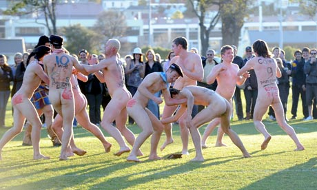 Naked Rugby Players. 4. ( New Zealand ). In Dunedin, however, every year two ...