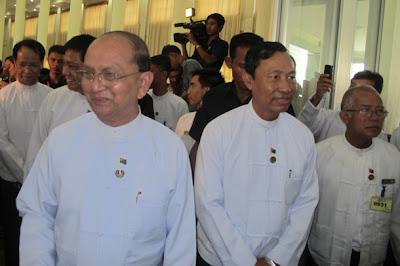 တစ္သက္လံုး မလံုခဲ့တဲ့ ေခါင္းမုိးအတြက္ တံစက္ၿမိတ္ကို ယိုးမယ္ဖြဲ႔မယ့္ စာရင္းစစ္နည္း  (Tu Maung Nyo)